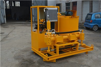 Bentonite grout mixer pump