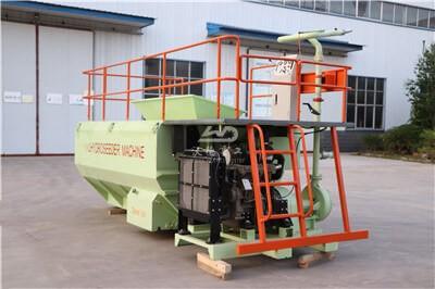 Spray grass seed hydroseeding machine