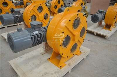 Peristaltic pumps for mining slurry