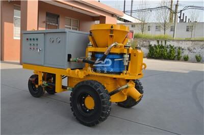 Gunite machine for swimming pool