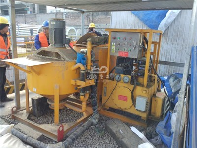 Adjustable pressure cement injection grouting pump station