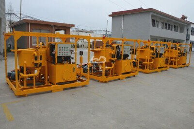Grout pump station for work in offshore grouting