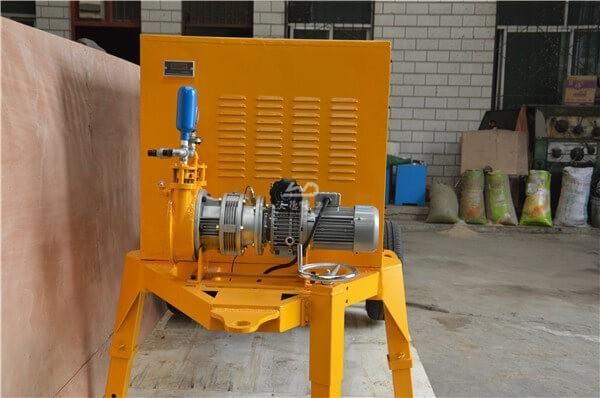 Small portable concrete pumping machine