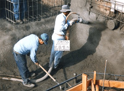 concrete spraying machine for building swimming pool