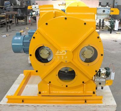 peristaltic pump for pumping foam concrete
