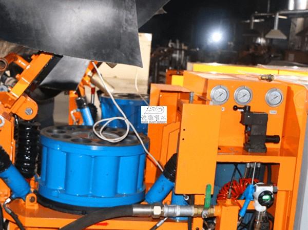 Hydraulic lift the rotor of rotary shotcrete pump