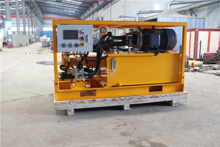 Cement grouting injection pump for foundation grouting