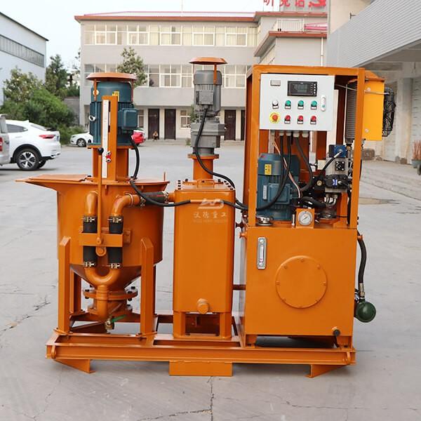 Bentonite mixing plant for drilling pile